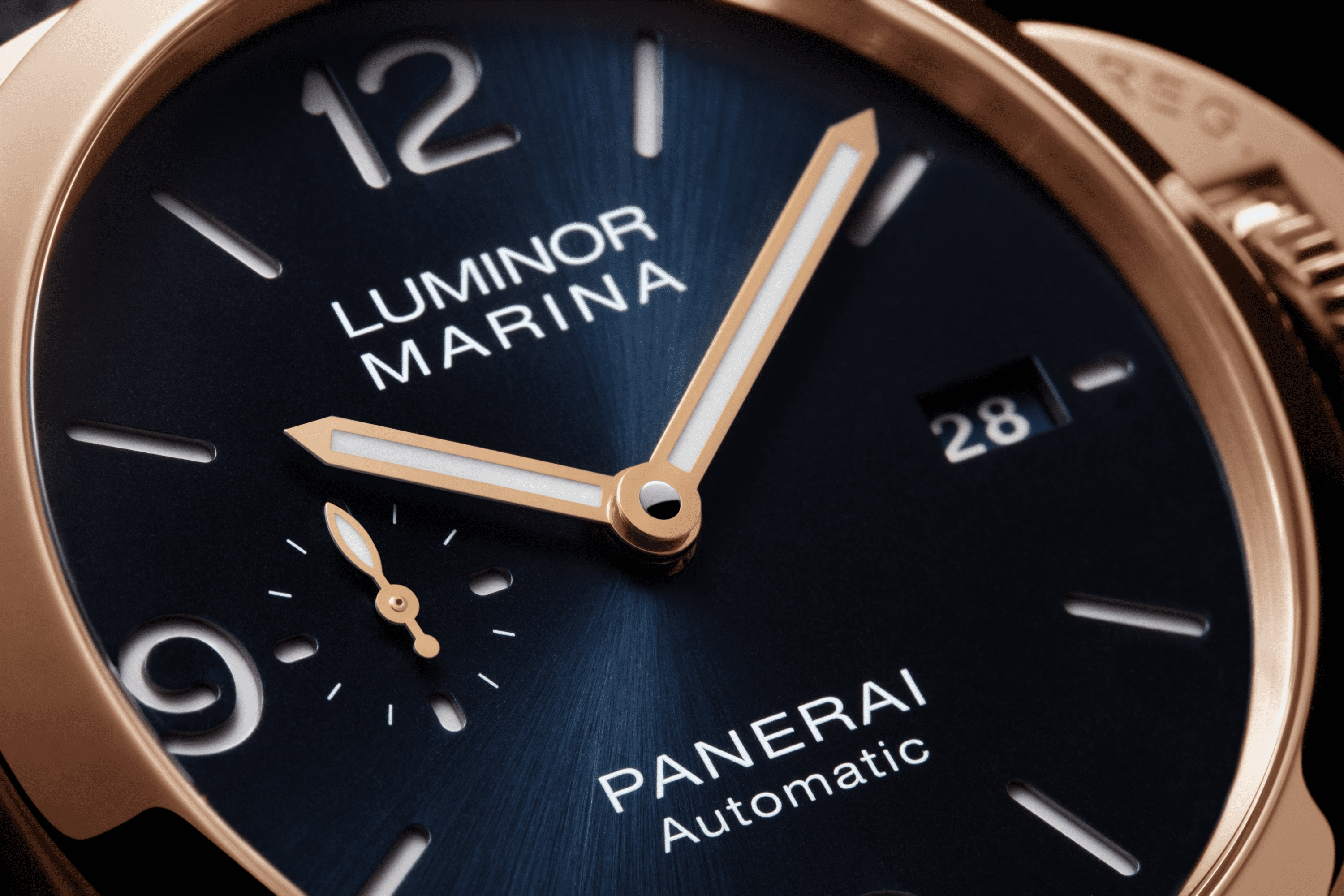 PNPAM01112 - Luminor Marina Goldtech™ - 44mm